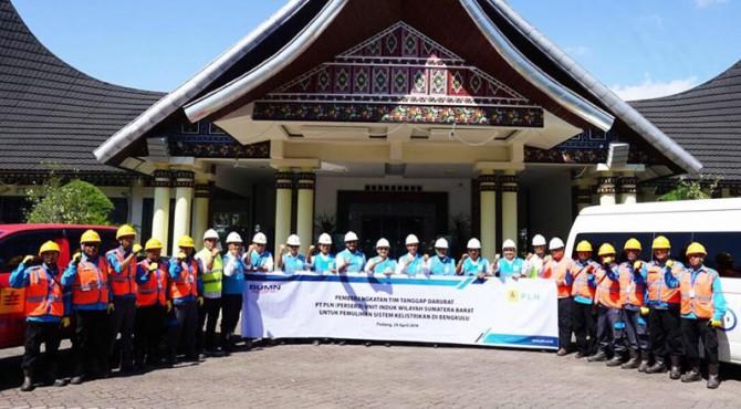 PLN UIW Sumbar lepas keberangkatan TRC untuk penanganan bencana banjir di Bengkulu, Senin (29/4)