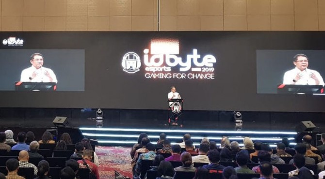 Konferensi IDBYTE Esport 2019 di Nusantara Hall, ICE BSD City, Tangerang, Jumat (13/9/2019)