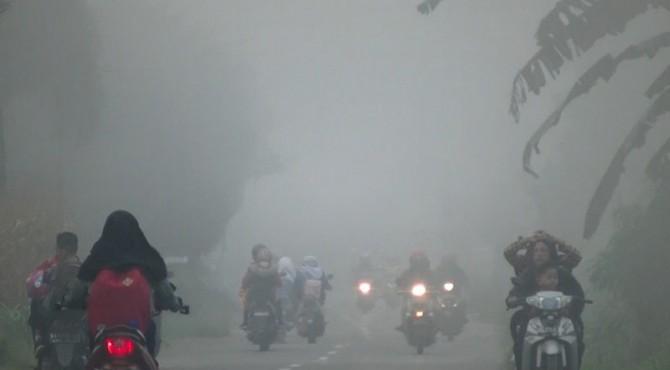 Kondisi kabut asap di Kabupaten Limapuluh Kota.
