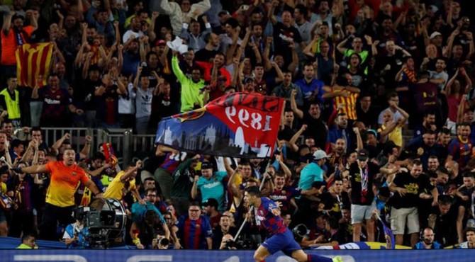 Suarez berhasil mencetak dua gol buat Barcelona