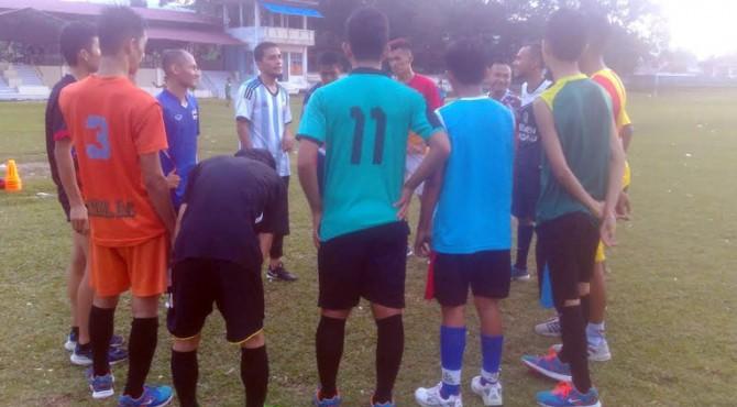 Latihan tim Futsal Limapuluh Kota