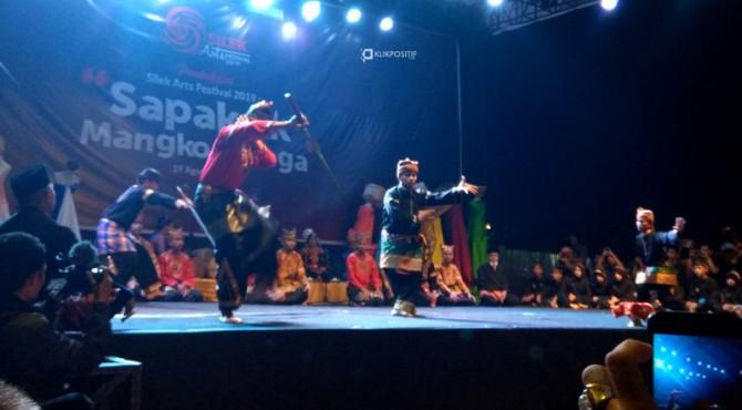 Penampilan saat pembukaan Silek Art Festival 2019 di Taman Budaya Sumbar