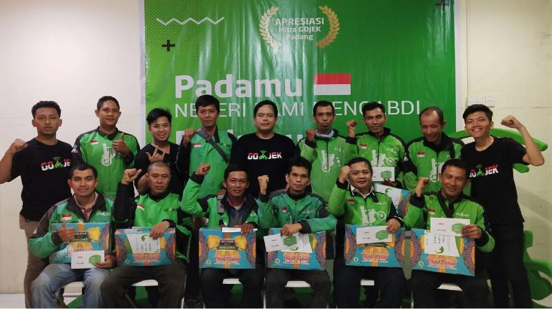 GOJEK Padang beri apresiasi pada mitra driver bintang lima