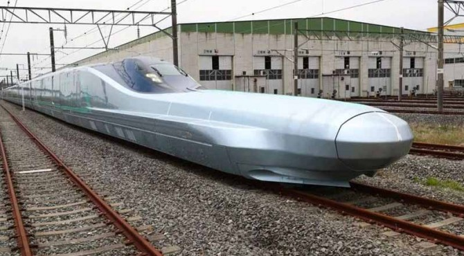 Penampakan kereta api cepat Jepang, Alfa X