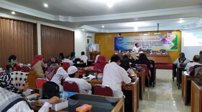 Forum Koordinasi Peningkatan Kemitraan Dalam Penggarapan KB/KR di DTPK, Miskin Perkotaan Dan Sasaran Khusus Tingkat Provinsi dan Kabupaten/Kota pada Rabu(14/8)