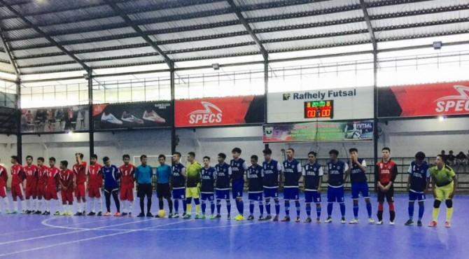 Tim Futsal Limapuluh Kota Berhadapan dengan Solsel