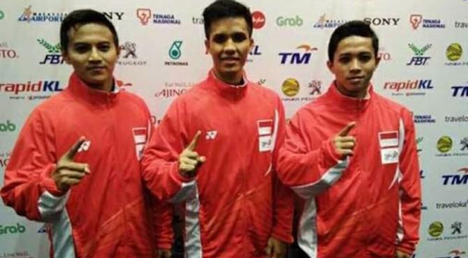 Tiga pesilat Indonesia yang meraih emas di SEA Games 2017.