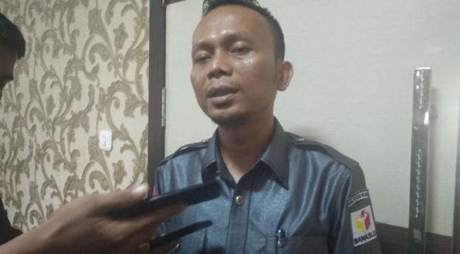 Ketua Bawaslu Pesisir Selatan, Erman Wadison