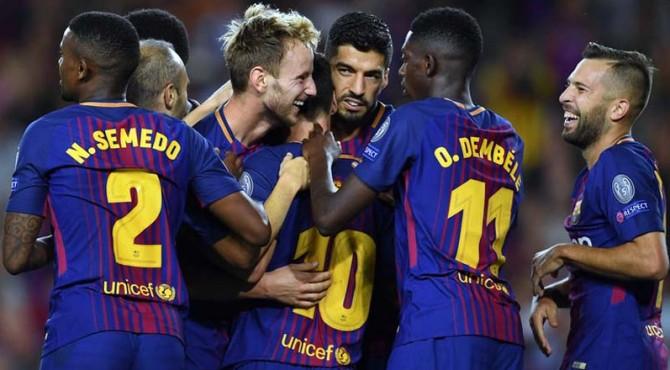 Selebrasi para pemain Barcelona.