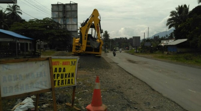 Proses Pengerjaan Jalan Beton Tidak Berjalan Setelah Libur Lebaran