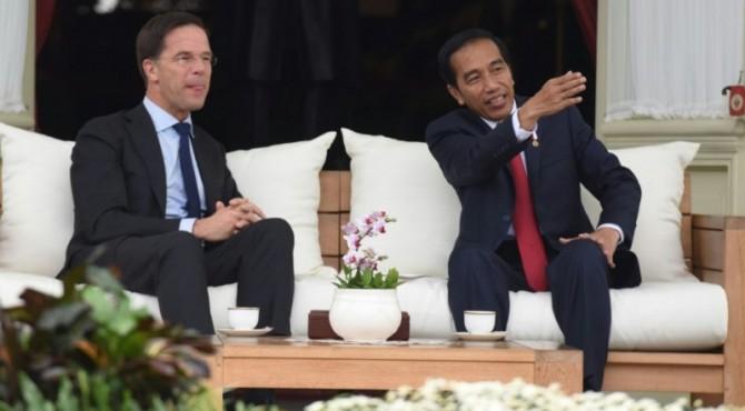 PM Belanda saat bertemu Jokowi 2106