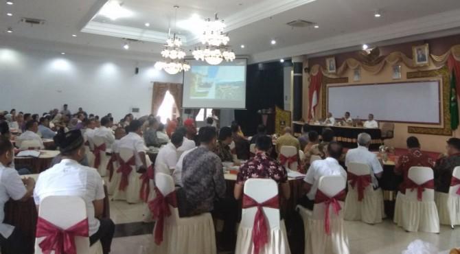 Pertemuan Komisi VI DPR RI dengan Pemprov Sumbar