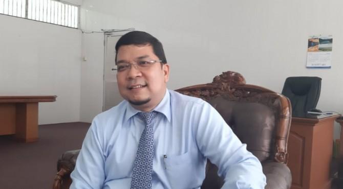Kepala UPTD Samsat Padang, Hidayat,
