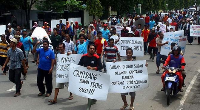 Ratusan Nelayan Bali Gelar Demo Tolak Kebijakan Menteri Susi