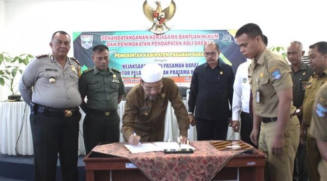 MoU Pemkab Pasaman Barat dengan Kejari dan KPP Bukittinggi.