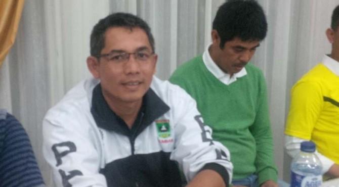 Pelatih Pusat Pelatihan dan Pendidikan (PPLP) Sumbar Dedi Umar