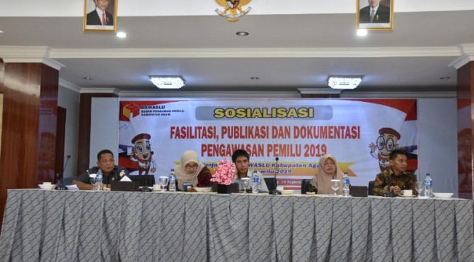sosialisasi fasilitasi, publikasi dan dokumentasi pengawasan Pemilihan Umum