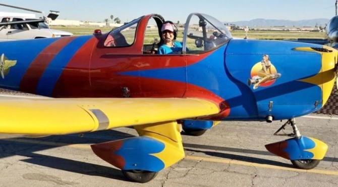 Jessica Fox, pilot wanita tanpa lengan pertama.