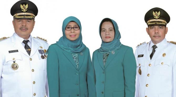 Wako Solok Zul Elfian  dan Wawako Solok Reinier bersama Ketua TP PKK Ny. Zulmiyetti Zul Elfian serta Ketua GOW Ny. Elfia Reinier