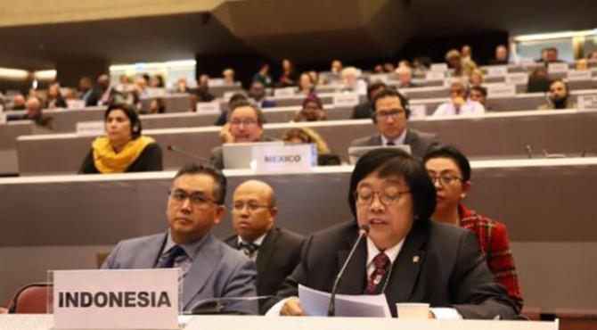 Menteri Lingkungan Hidup dan Kehutanan Siti Nurbaya yang memimpin Delegasi RI