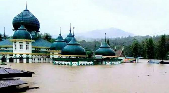 Kondisi di Masjid Raya Pangkalan.