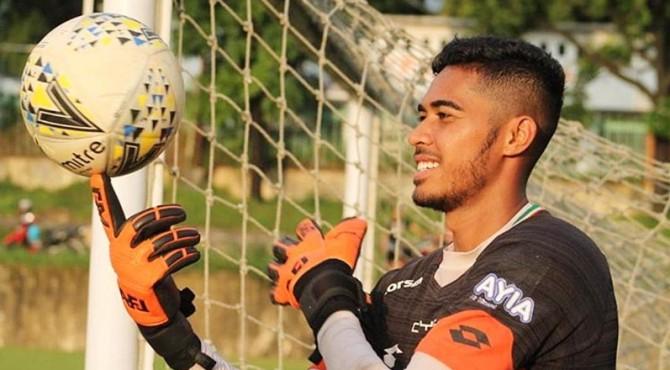 Kiper Semen Padang FC, Rendy Oscario