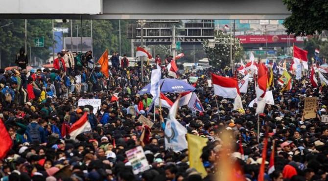 ilustrasi: aksi demo mahasiswa merespon pengesahkan RUU KPK oleh DPR beberapa waktu lalu