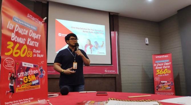 Jefry Batubara, selaku Regional Head Northern Sumatera Smartfren Telecom.