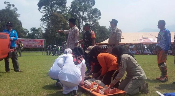 Simulasi bencana banjir dan longsor di Kabupaten Limapuluh Kota.