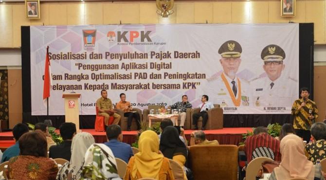 Sosialisasi dan penyuluhan pajak daerah di Kota Padang