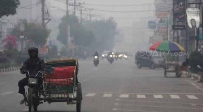 Kabut asap yang terjadi di Pekanbaru.