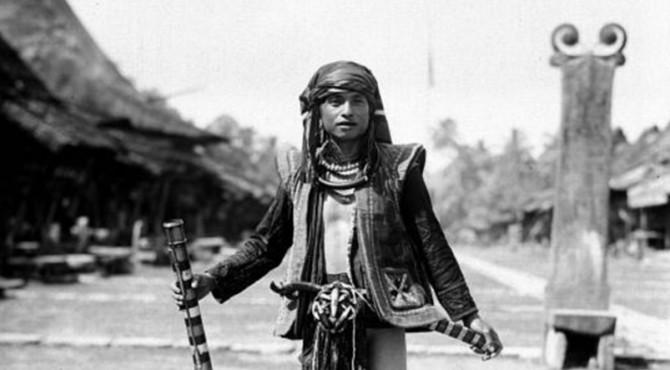 ilustrasi: Menurut sejarah suku Nias merupakan salah satu suku pertama yang menghuni Kota Padang