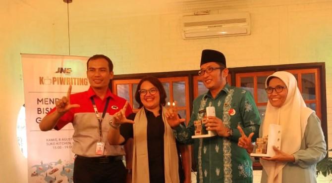 Dukungan JNE untuk UMKM Padang