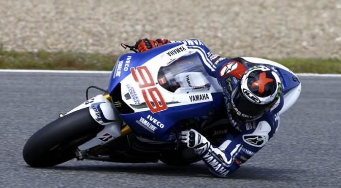 Pembalap Yamaha Jorge Lorenzo