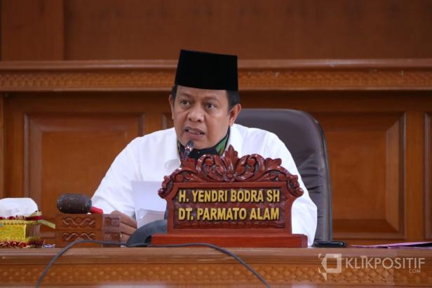 YB Datuak Parmato Alam, Ketua Badan Kehormatan DPRD Payakumbuh yang pernah menjabat sebagai Ketua DPRD Payakumbuh.