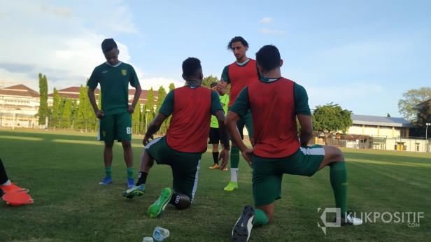 Mahmoud Eid, salah seorang pemain asing di skuat Persebaya FC dan telah bergabung latihan di Lapangan UNY, Yogyakarta.