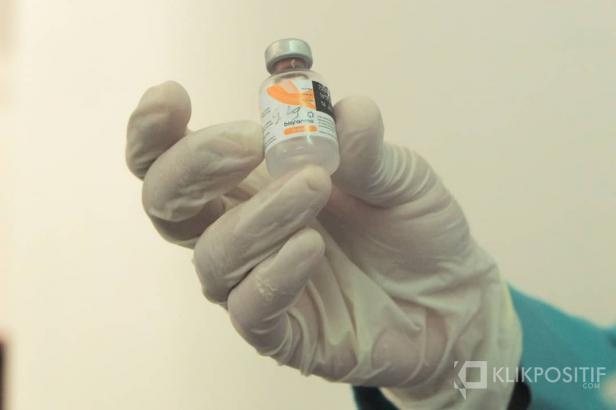 Vaksin Sinovac yang akan diberikan kepada pedagang Pasar Raya Padang