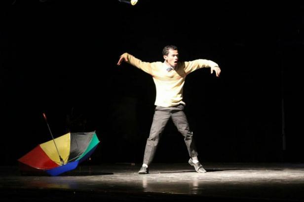 Pementasan seni pertunjukan karya Teater Imam Bonjol Padang