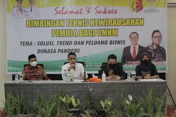 Wawako Solok, Dr. Ramadhani Kirana Putra memberikan motivasi terhadap pelaku usaha muda Kota Solok