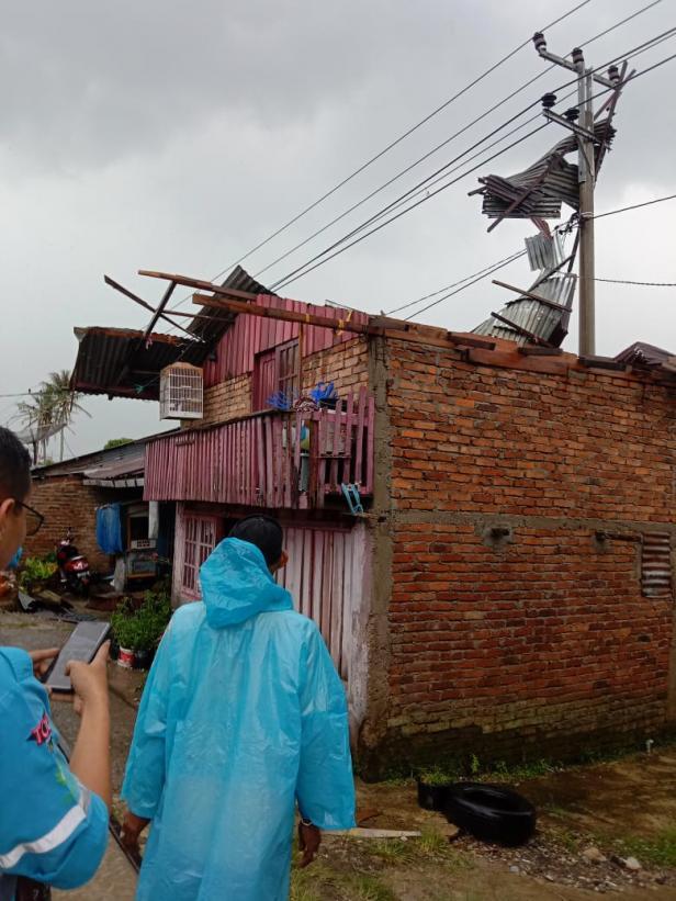 Kondisi rumah warga di Jorong Jambu Aia dihantam puting beliung