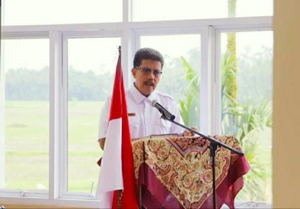 Pj. Sekda Kota Solok, Nova Elvino yang juga ditunjuk sebagai koordinator Gugus Tugad Corona Kota Solok