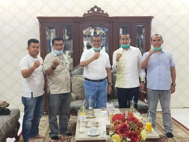 Audy Joinaldy bersama Bupati Solok, H. Gusmal Dt. Rajo Lelo