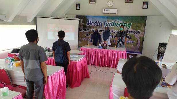 Media gathering BPJS Cabang Payakumbuh dengan anggota Balai Wartawan Luak Limopuluah, Kamis (17/9).