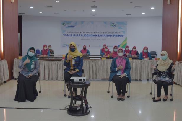 BPJS Ketenagakerjaan Cabang Padang menggelar sosialisasi PLKK Award bertemakan