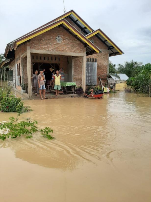 Banjir di Sitanang Agam
