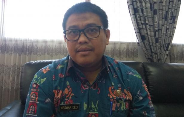 Kepala Dinas Penanaman Modal dan Pelayanan Terpadu Satu Pintu (DPMPTSP) Sumbar Maswar Dedi