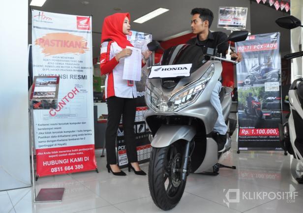 Aktivitas Penjualan Motor di Main Dealer Honda PT Hayati Pratama Mandiri