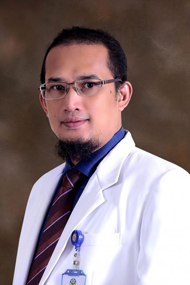 Wakil Satgas COVID-19 Rumah Sakit Achmad Mochtar (RSAM) Bukittinggi dr. Deddy herman SpP(K) FCCP, FAPSR, MCH, FISR