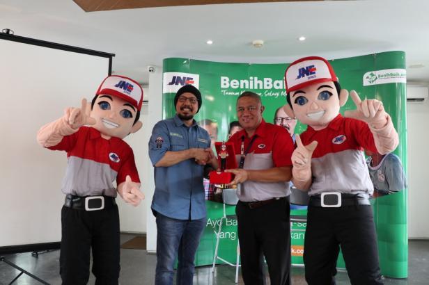Foto bersama Benihbaik.com