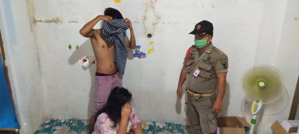 Pasangan bukan suami-istri di Padang diamankan oleh Satpol PP